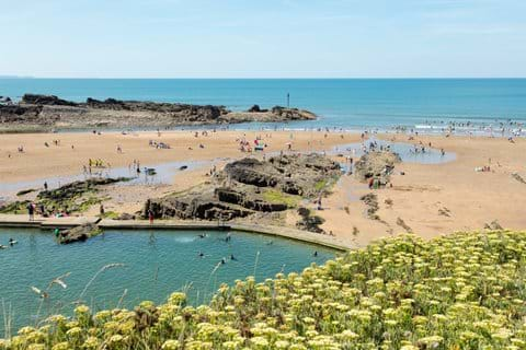 Bude sea pool and Summerleaze beach