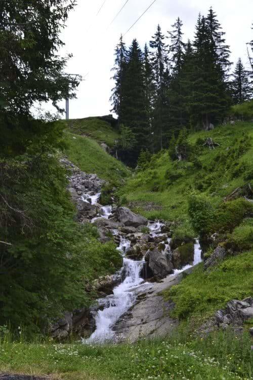Les Linderets stream