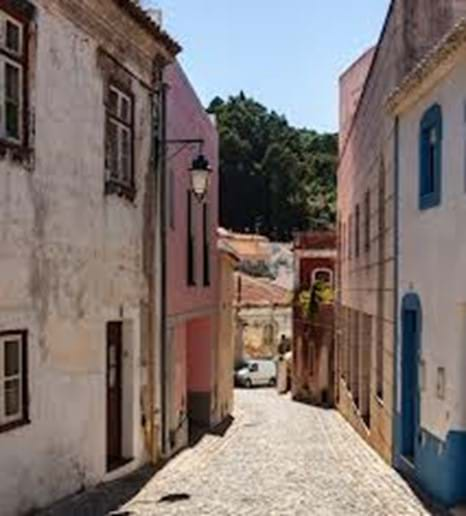 Narrow street in Monchique