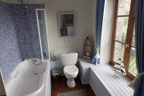 Farmhouse - 1st floor family bathroom