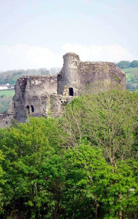 Cilgerran Castle - Cadw