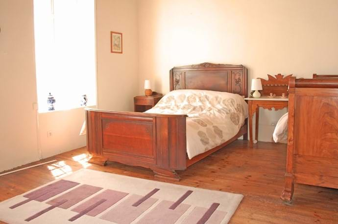 Volets Bleus Twin bedroom