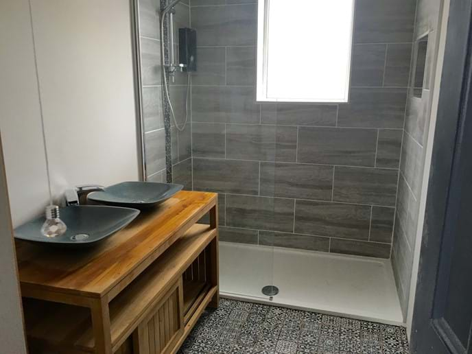 Newly fitted stylish shower room