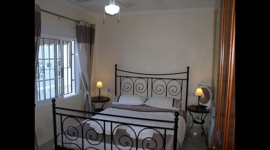 Stylish king size bedroom