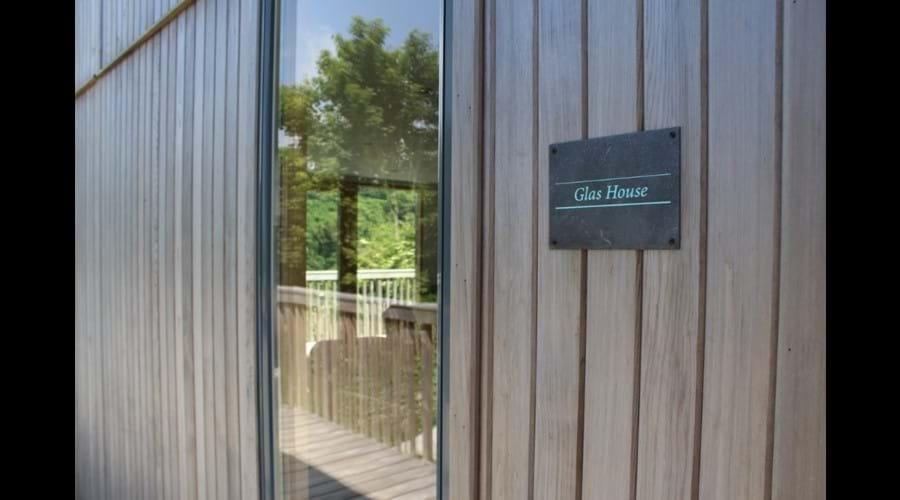 Glas House