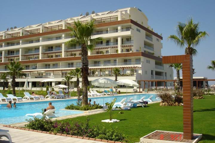 Babylon 65 - stunning two bedroom apartment with sea views