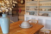 Dresser with Royal Doulton crockery