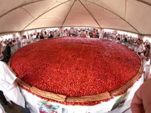 Giant strawberry tart