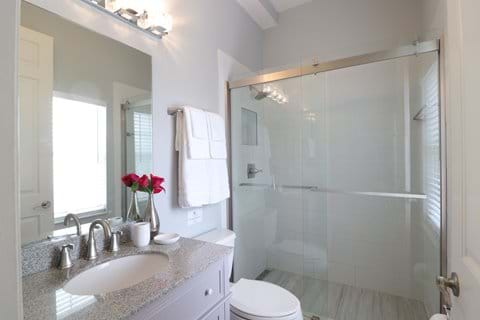 Queen Bedroom 3 adjoining bathroom