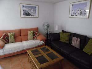 Lounge.