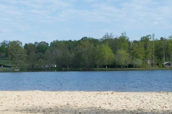 St Estephe Swimming Lake