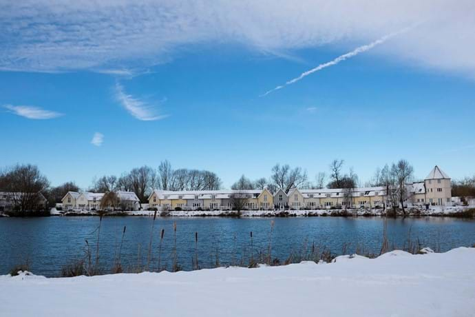 Isis lake in the snow