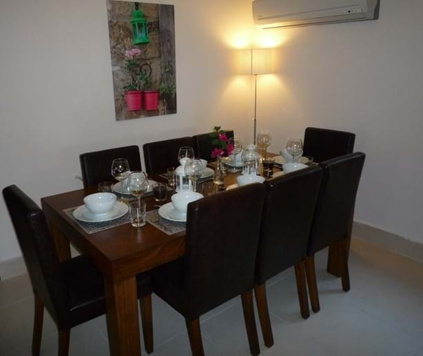 Inside dining for eight people