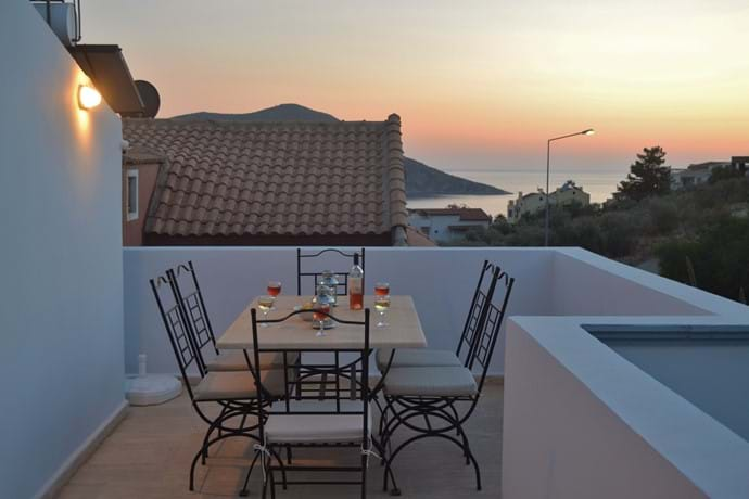 ...and is perfect for a sundowner or two!