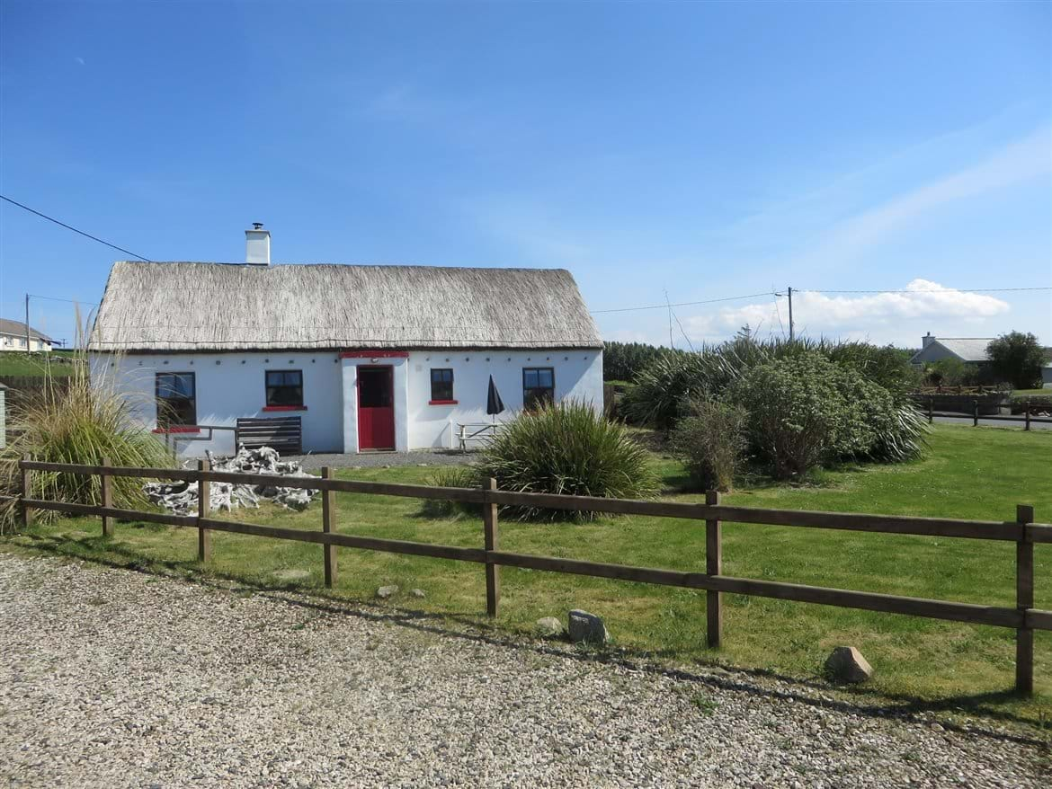 Surprising Self Catering Holiday Rental On The Wild Atlantic Way In Download Free Architecture Designs Ferenbritishbridgeorg