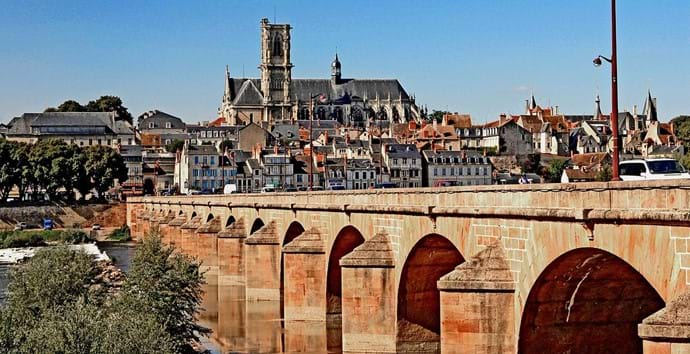 Nearby town of Nevers