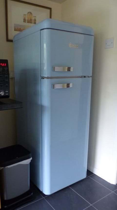 Retro style fridge freezer!