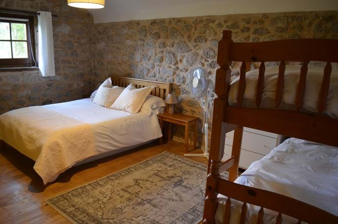 The Railway Cottage - 10 person gîte - family bedroom with double bed and bunk beds