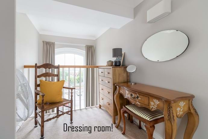 York holiday rental dressing room