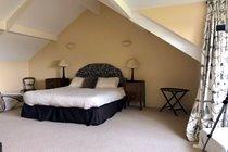 Top Floor Master Suite - Super Kingsize Bed