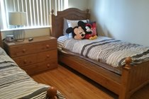 Mickey Mouse Twin Room - Mickey Mouse themed room, iPod dock, flatscreen cable TV/DVD combo