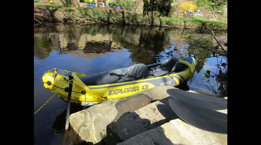 Kayak can be configured for 1 or 2 persons!