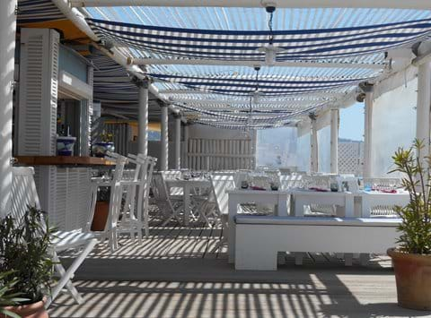 Marseillan Place beach club - Ola - June to September