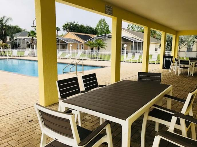Clubhouse Pool Seating