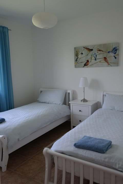 Ground floor twin bedroom
