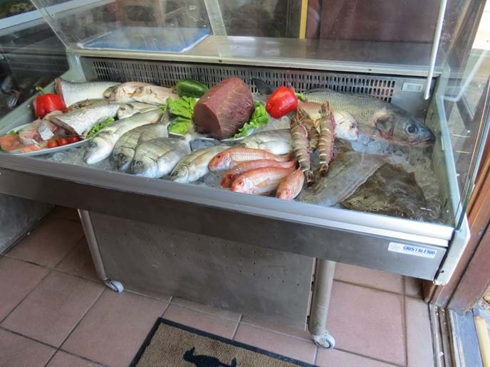 O Paulos - Fresh Fish Selection