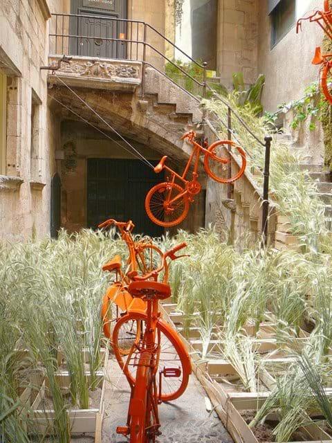 """""""Temps de Flors"""" exhibit. May."""