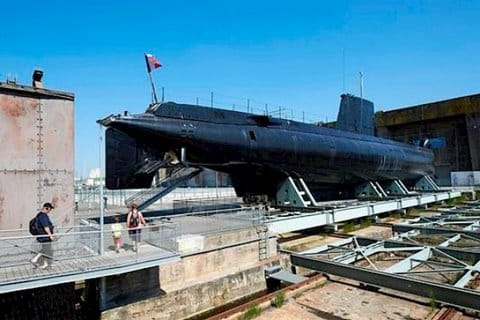 Submarine Flore S645 and museum at Lorient