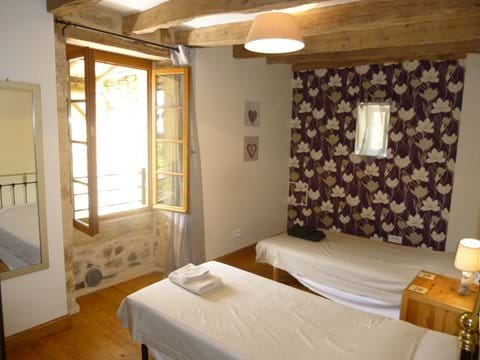 a perfect holiday home near Sarlat in the Dodrdogne