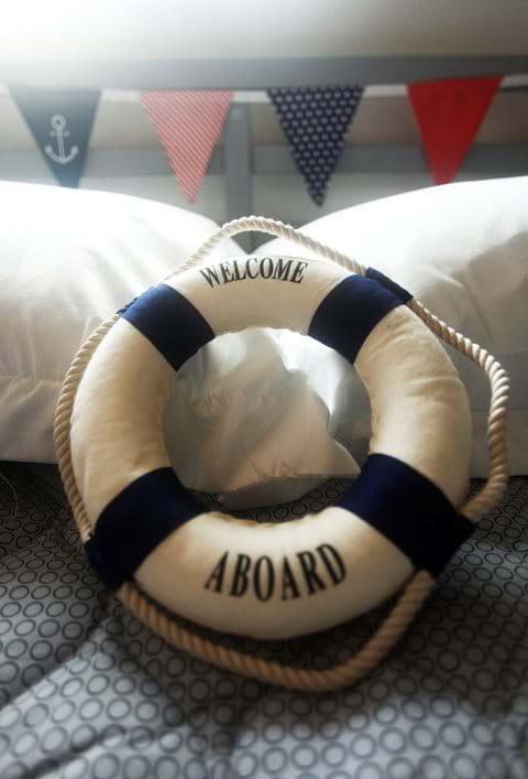 Stay sea side - a warm welcome awaits !