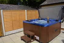 Private hot tub in Courtyard