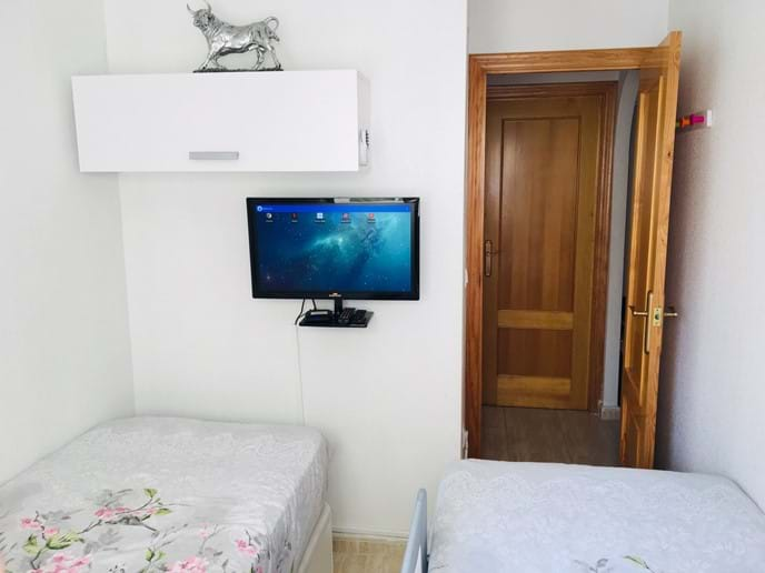 Holiday apartment - second bedroom -Netflix,  IPTV HD channels, YouTube.