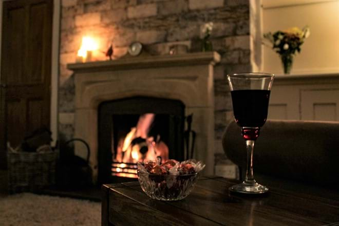 Relax in front of the fire - autumn, winter stay in Rutland