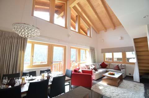 Very sunny sitting room