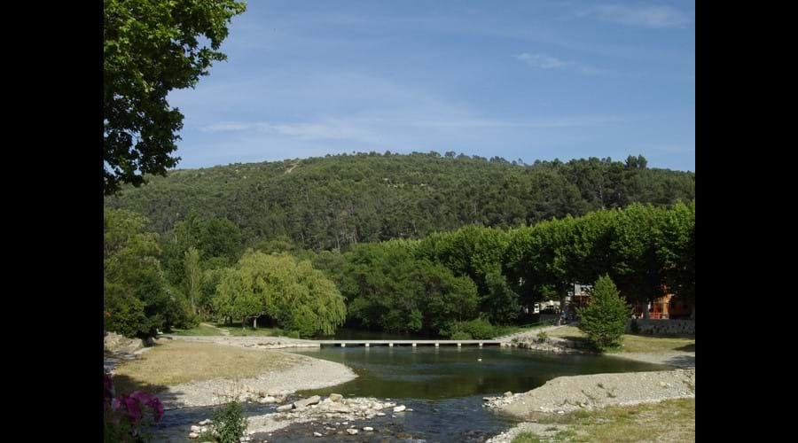 Bize-Minervois - swimming pool, river Cesse