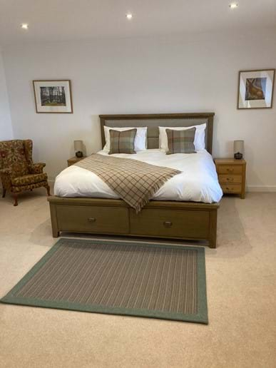 Another Anta rug completes the lovely master suite