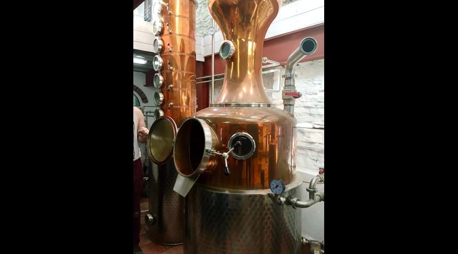 The Da mhile distillery, we really enjoyed the tour, and the tasting, we visited here on an arts and crafty sort of day out. Great.
