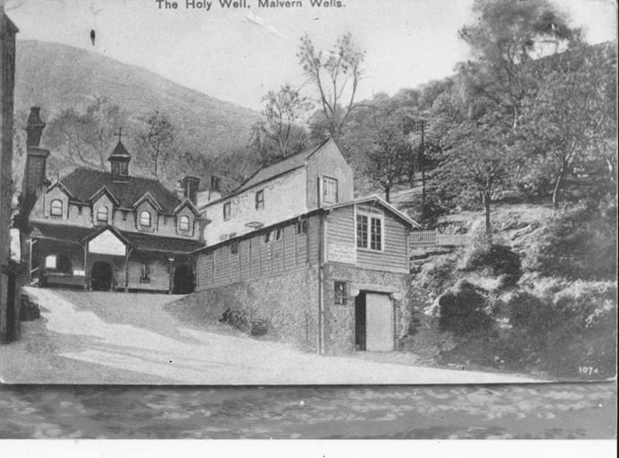 Old photo of The Holywell and Holywell cottage