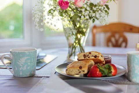 Complimentary cream tea on arrival