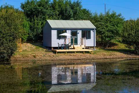 Bude luxury accommodation Kingfisher cabin