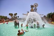 Water park section of Rancho Texas + dolphin show + eagle show- seal lion + more