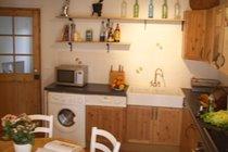 Reverse shot of kitchen