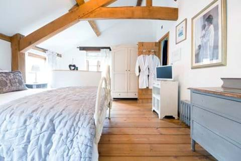 Beautifully appointed cottages full of Welsh character