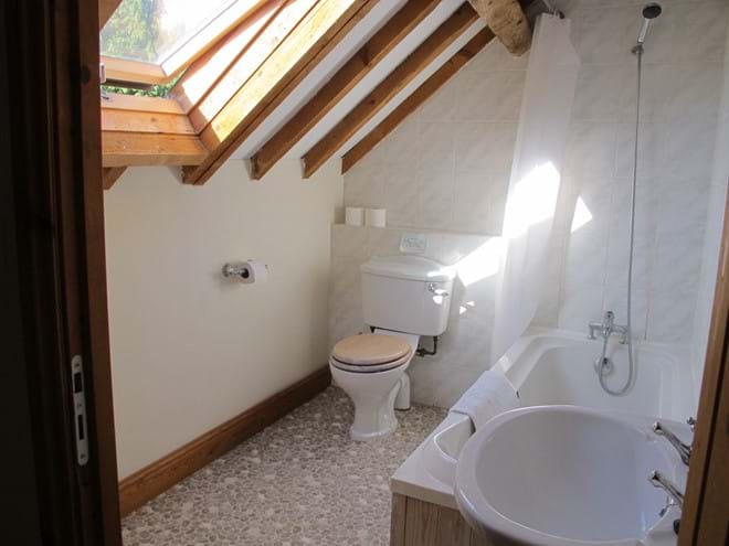 One of the en-suite bathrooms, this one in Le Cerisier