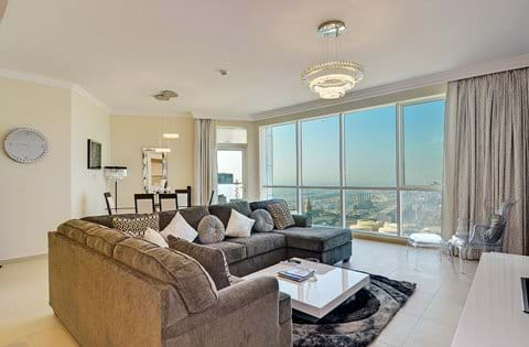 """""""Lounge with dining area very comfortable sofa ,  smart samsung tv and sound system"""""""