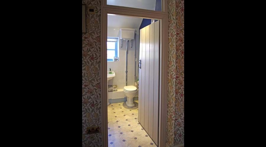 Albion Cottage bathroom